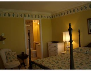"""Photo 6: 27 5900 FERRY Road in Ladner: Neilsen Grove Townhouse for sale in """"CHESAPEAKE LANDING"""" : MLS®# V666858"""