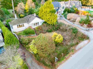 Photo 9: 449 HILLCREST Street in West Vancouver: Westmount WV House for sale : MLS®# R2536132