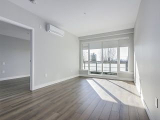 "Photo 6: 305 4289 HASTINGS Street in Burnaby: Vancouver Heights Condo for sale in ""MODENA"" (Burnaby North)  : MLS®# R2354279"
