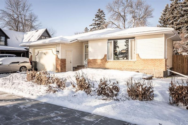 FEATURED LISTING: 510 Macleod Trail Southwest High River