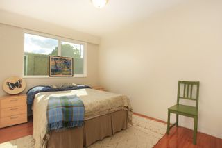 "Photo 11: 209 711 E 6TH Avenue in Vancouver: Mount Pleasant VE Condo for sale in ""PICASSO"" (Vancouver East)  : MLS®# V1004453"