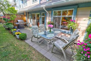 Photo 4: 112 632 Goldstream Ave in VICTORIA: La Fairway Row/Townhouse for sale (Langford)  : MLS®# 818954