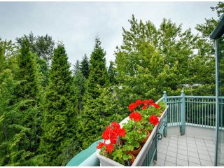 """Photo 5: 403 1765 MARTIN Drive in Surrey: Sunnyside Park Surrey Condo for sale in """"SOUTHWYND"""" (South Surrey White Rock)  : MLS®# F1415442"""