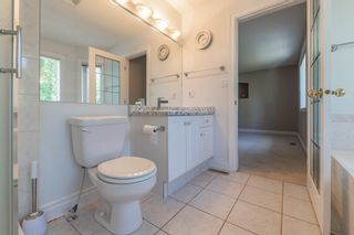 Photo 39: 1012 HOLGATE Place in Edmonton: Zone 14 House for sale : MLS®# E4247473