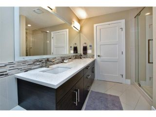 Photo 17: 931 33 Street NW in Calgary: Parkdale House for sale : MLS®# C4003919