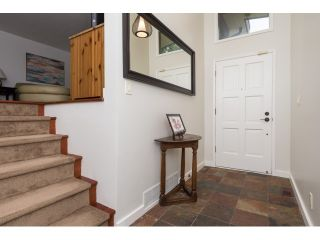 "Photo 3: 6526 HILLSIDE Crescent in Delta: Sunshine Hills Woods House for sale in ""SUNSHINE HILLS"" (N. Delta)  : MLS®# R2074271"