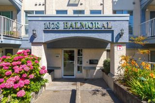 Photo 2: 405 1028 Balmoral Rd in : Vi Central Park Condo for sale (Victoria)  : MLS®# 859210