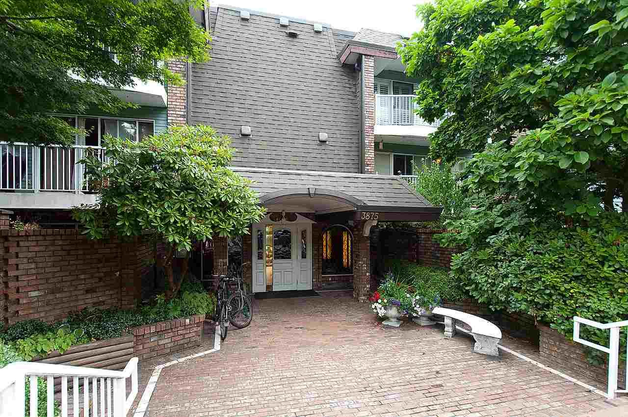 """Main Photo: 321 3875 W 4TH Avenue in Vancouver: Point Grey Condo for sale in """"LANDMARK JERICHO"""" (Vancouver West)  : MLS®# R2091578"""