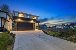 "Photo 3: 10525 MCVEETY Street in Maple Ridge: Albion House for sale in ""Kanaka Creek"" : MLS®# R2613602"