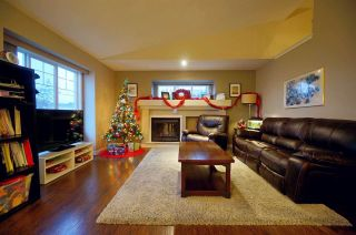 Photo 5: 7 20292 96 Avenue: House for sale in Langley: MLS®# R2519637