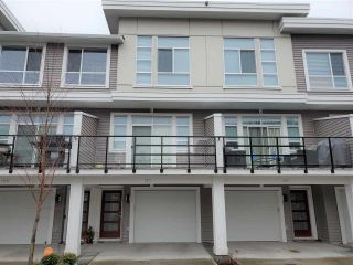 Photo 2: 101 8413 MIDTOWN Way in Chilliwack: Chilliwack W Young-Well Townhouse for sale : MLS®# R2540061