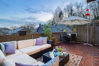 """Photo 2: 31 900 W 17TH Street in North Vancouver: Mosquito Creek Townhouse for sale in """"FOXWOOD"""" : MLS®# R2555250"""