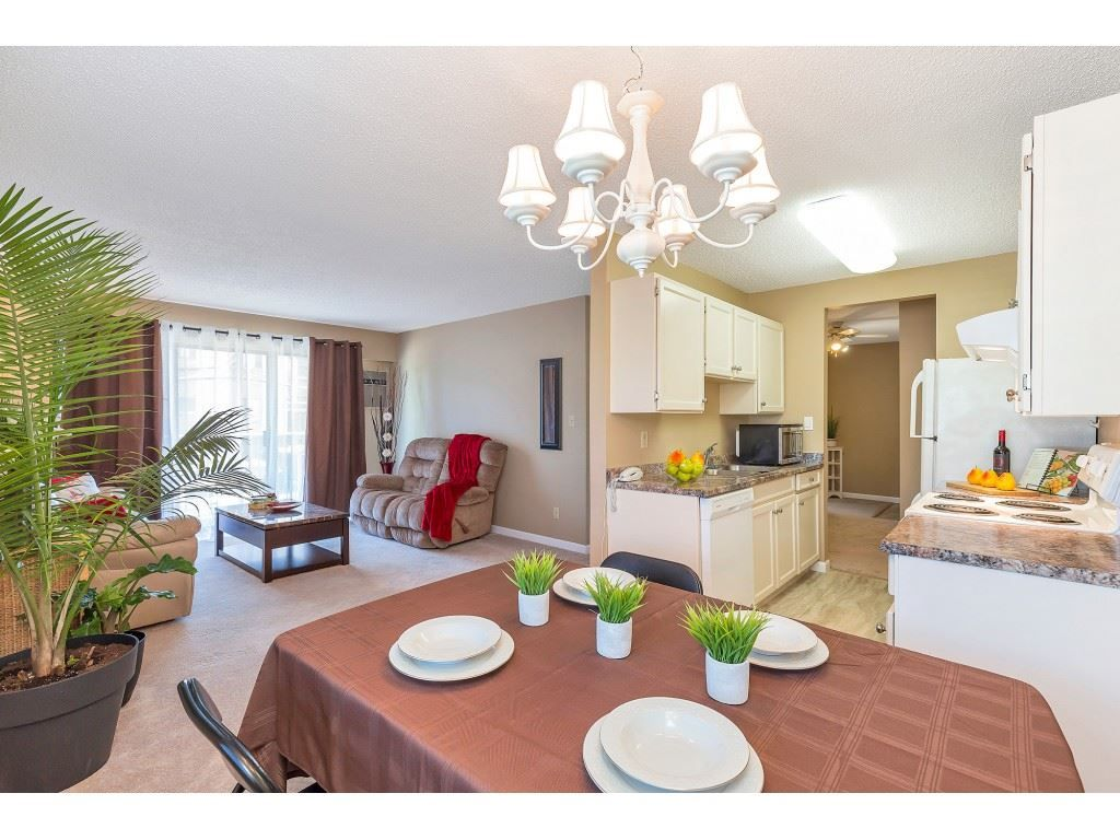 "Main Photo: 101 9425 NOWELL Street in Chilliwack: Chilliwack N Yale-Well Condo for sale in ""SEPASS COURT"" : MLS®# R2481204"