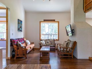 Photo 21: 5581 Seacliff Rd in COURTENAY: CV Courtenay North House for sale (Comox Valley)  : MLS®# 837166
