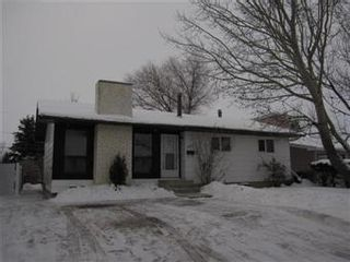 Photo 1: 304 5th Avenue North: Warman Single Family Dwelling for sale (Saskatoon NW)  : MLS®# 388252