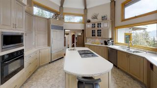 """Photo 6: 2388 GAMBIER Road: Gambier Island House for sale in """"Gambier Harbour"""" (Sunshine Coast)  : MLS®# R2392868"""