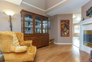 Photo 8: 19 500 Marsett Pl in VICTORIA: SW Royal Oak Row/Townhouse for sale (Saanich West)  : MLS®# 801524