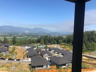 Photo 6: 8169 HARVEST Place in Chilliwack: Eastern Hillsides House for sale : MLS®# R2604749
