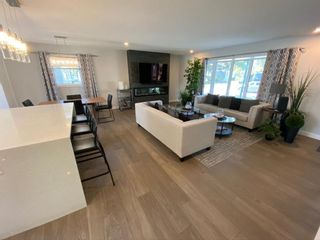 Photo 3: 419 Woodbend Road SE in Calgary: Willow Park Detached for sale : MLS®# A1075993