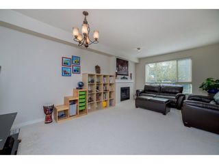 """Photo 5: 26 2738 158 Street in Surrey: Grandview Surrey Townhouse for sale in """"Cathedral Grove"""" (South Surrey White Rock)  : MLS®# R2258929"""