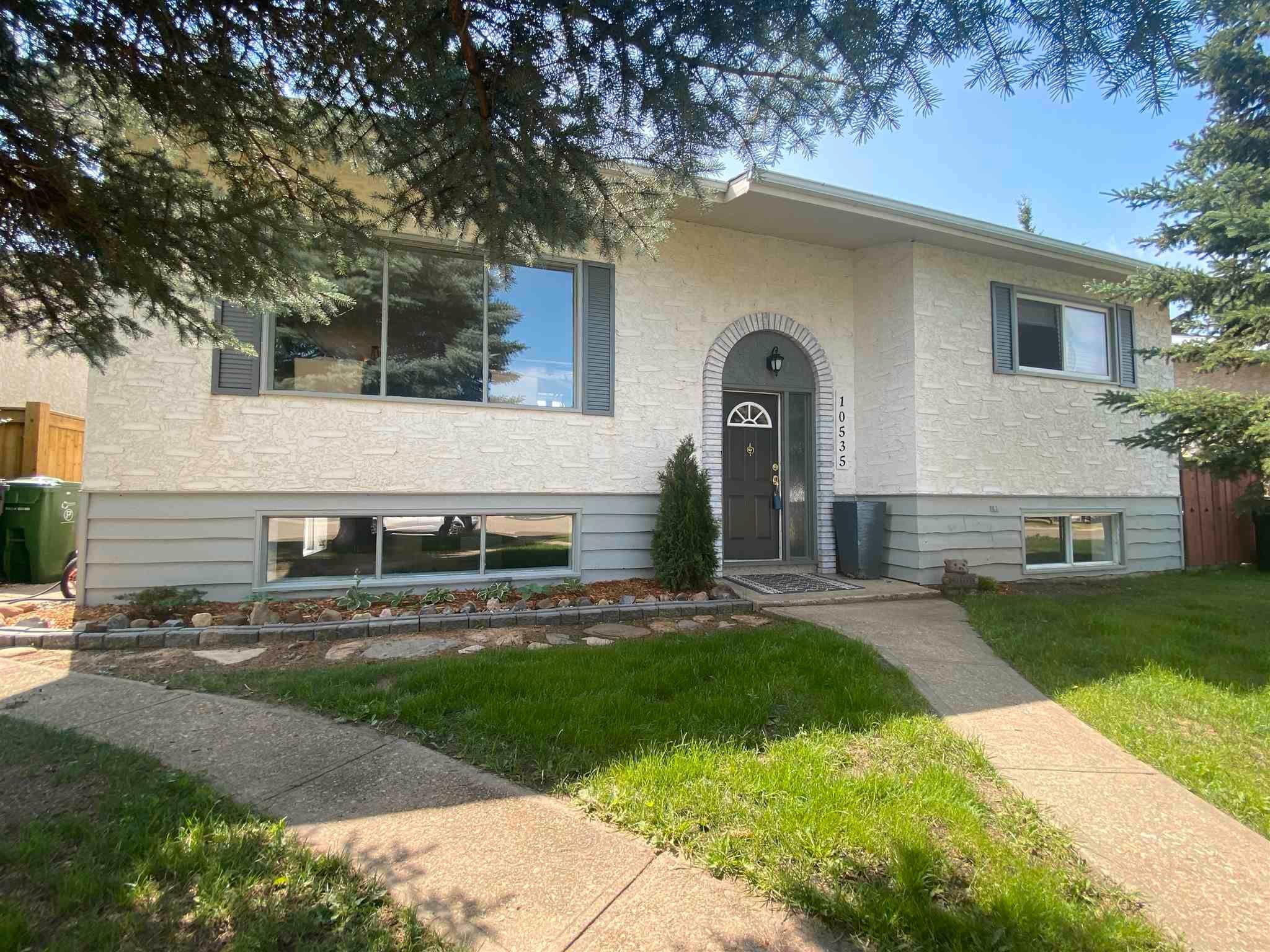 Main Photo: 10535 110 Street: Westlock House for sale : MLS®# E4254368