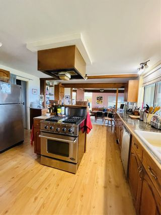 Photo 9: 256 EAST POINT Road: Saturna Island House for sale (Islands-Van. & Gulf)  : MLS®# R2559567