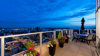 """Photo 15: 2001 135 E 17TH Street in North Vancouver: Central Lonsdale Condo for sale in """"The Local"""" : MLS®# R2585350"""