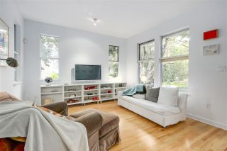 Photo 3: 2238 COLLINGWOOD Street in Vancouver: Kitsilano 1/2 Duplex for sale (Vancouver West)  : MLS®# R2208060