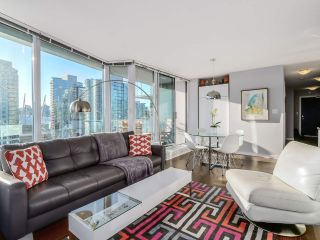 Photo 8: 2305 689 ABBOTT Street in Vancouver: Downtown VW Condo for sale (Vancouver West)  : MLS®# R2014784