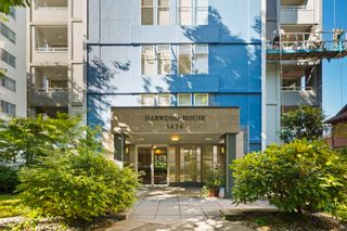 """Photo 2: 701 1436 HARWOOD Street in Vancouver: West End VW Condo for sale in """"HARWOOD HOUSE"""" (Vancouver West)  : MLS®# R2606000"""