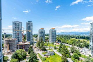 """Photo 3: 2106 13438 CENTRAL Avenue in Surrey: Whalley Condo for sale in """"PRIME ON THE PLAZA"""" (North Surrey)  : MLS®# R2623474"""