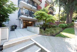 """Photo 4: 406 2142 CAROLINA Street in Vancouver: Mount Pleasant VE Condo for sale in """"WOODDALE"""" (Vancouver East)  : MLS®# R2601295"""
