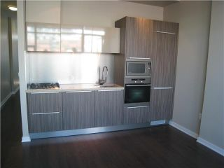 """Photo 7: 605 123 W 1ST Avenue in Vancouver: Mount Pleasant VW Condo for sale in """"MILENIUM WATER FRONT"""" (Vancouver West)  : MLS®# V840177"""