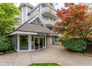 "Photo 2: 302 5556 201A Street in Langley: Langley City Condo for sale in ""Michaud Gardens"" : MLS®# R2362243"