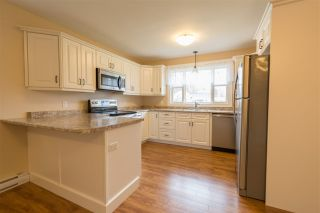 Photo 3: 1590 Maple Street in Kingston: 404-Kings County Residential for sale (Annapolis Valley)  : MLS®# 202007297