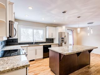 Photo 11: 79 Palis Way SW in Calgary: Palliser Detached for sale : MLS®# A1061901
