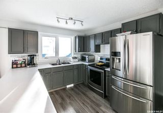 Photo 9: 437 COCKBURN Crescent in Saskatoon: Pacific Heights Residential for sale : MLS®# SK713617