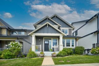 """Photo 1: 35948 SHADBOLT Avenue in Abbotsford: Abbotsford East House for sale in """"Auguston"""" : MLS®# R2612913"""
