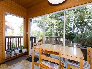 """Photo 7: 3835 W 24TH Avenue in Vancouver: Dunbar House for sale in """"DUNBAR"""" (Vancouver West)  : MLS®# V884363"""