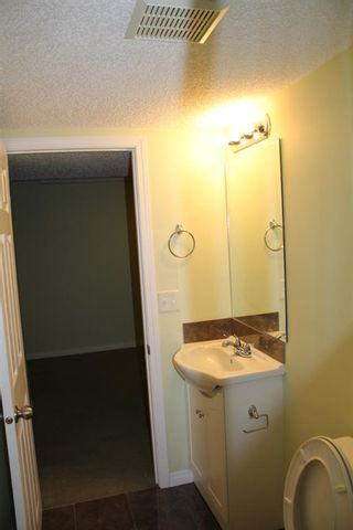 Photo 15: 84 Rivervalley Drive SE in Calgary: Riverbend Detached for sale : MLS®# A1100895
