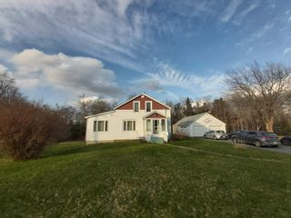 Main Photo: 140 Oldham Road in Enfield: 105-East Hants/Colchester West Residential for sale (Halifax-Dartmouth)  : MLS®# 202109805