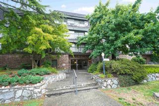 """Main Photo: 208 270 WEST 3RD Street in North Vancouver: Lower Lonsdale Condo for sale in """"Hampton Court"""" : MLS®# R2615758"""