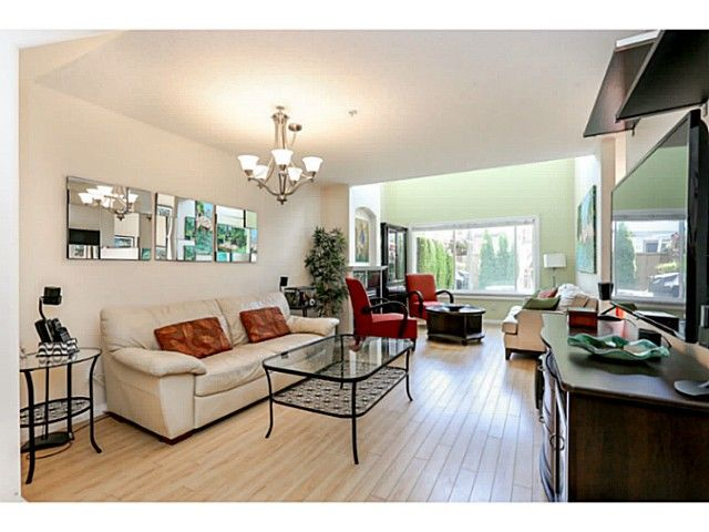 Photo 4: Photos: # 25 1370 RIVERWOOD GT in Port Coquitlam: Riverwood Condo for sale : MLS®# V1129843