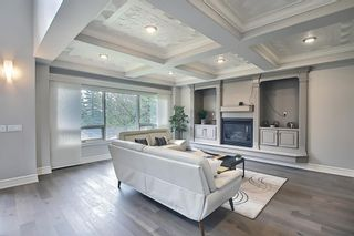 Photo 12: 430 Sierra Madre Court SW in Calgary: Signal Hill Detached for sale : MLS®# A1100260