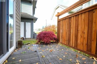 Photo 18: 12 1182 Colville Rd in VICTORIA: Es Gorge Vale Row/Townhouse for sale (Esquimalt)  : MLS®# 828216
