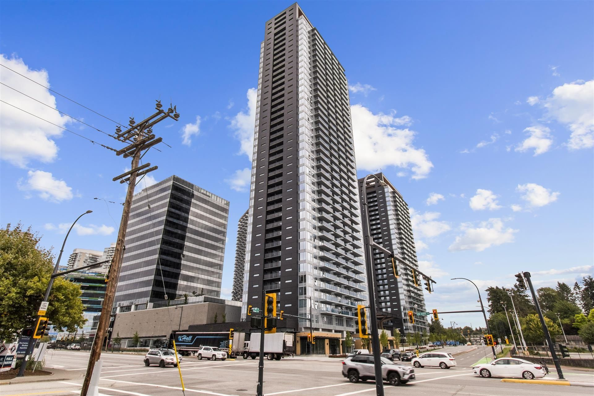 """Main Photo: 2912 13615 FRASER Highway in Surrey: Queen Mary Park Surrey Condo for sale in """"KING GEORGE HUB ONE"""" : MLS®# R2617659"""