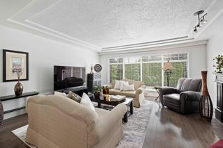 Photo 4: 812 ROBINSON Street in Coquitlam: Coquitlam West House for sale : MLS®# R2603467