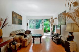 """Photo 7: 3424 LANGFORD Avenue in Vancouver: Champlain Heights Townhouse for sale in """"RICHVIEW GARDENS"""" (Vancouver East)  : MLS®# R2073849"""