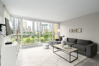 """Photo 2: 409 1188 RICHARDS Street in Vancouver: Yaletown Condo for sale in """"Park Plaza"""" (Vancouver West)  : MLS®# R2475181"""