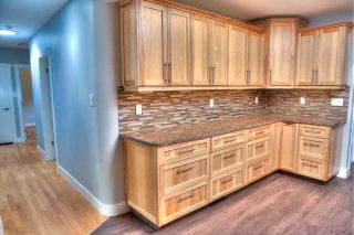 Photo 8: 46590 RIVERSIDE Drive in Chilliwack: Chilliwack N Yale-Well House for sale : MLS®# R2579269